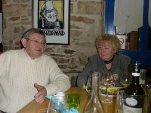 André Ollivro et Magdeleine Breton, présidente de l'ASPF après la conférence