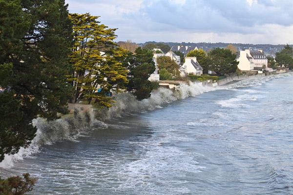 Le Cap Coz le 27 octobre 2011 : un mini tsunami !