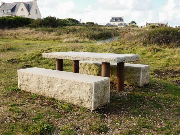 """Bientôt , nous entendrons sur Fouesnant : """"Astérix, tu peux installer la table et les bancs à l'ombre !"""""""